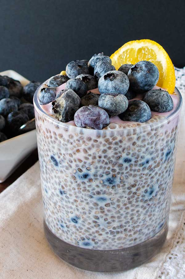 vanilla chia pudding with blueberries