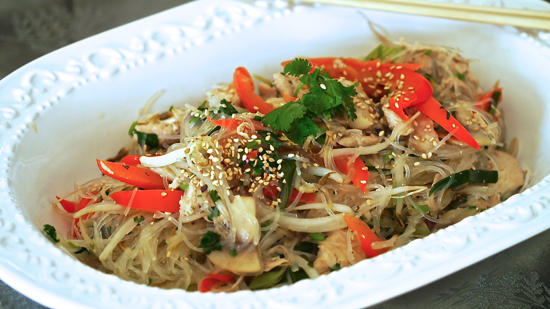 Super Easy Chicken Pad Thai