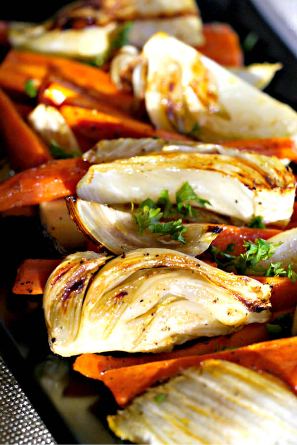 Simply Roasted Fennel With Carrots