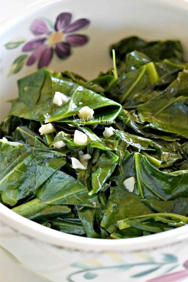 Simply Collard Greens with Garlic