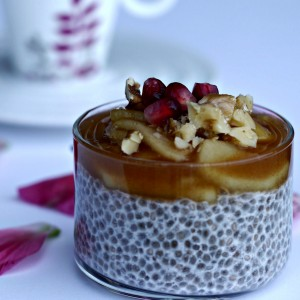 Vanilla Chia Pudding With Apple Compote