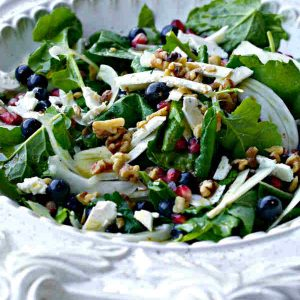 Deluxe Salad With Raspberry Vinaigrette