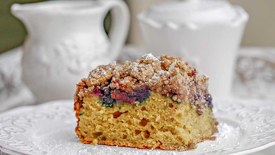 Gluten Free Apple Blueberry Crumb Cake