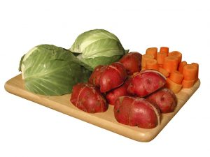 veggies-on-cutting-board-1483266
