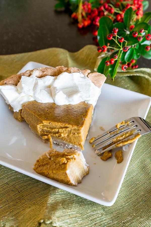 Gluten Free Pumpkin Pie with Walnut Crust