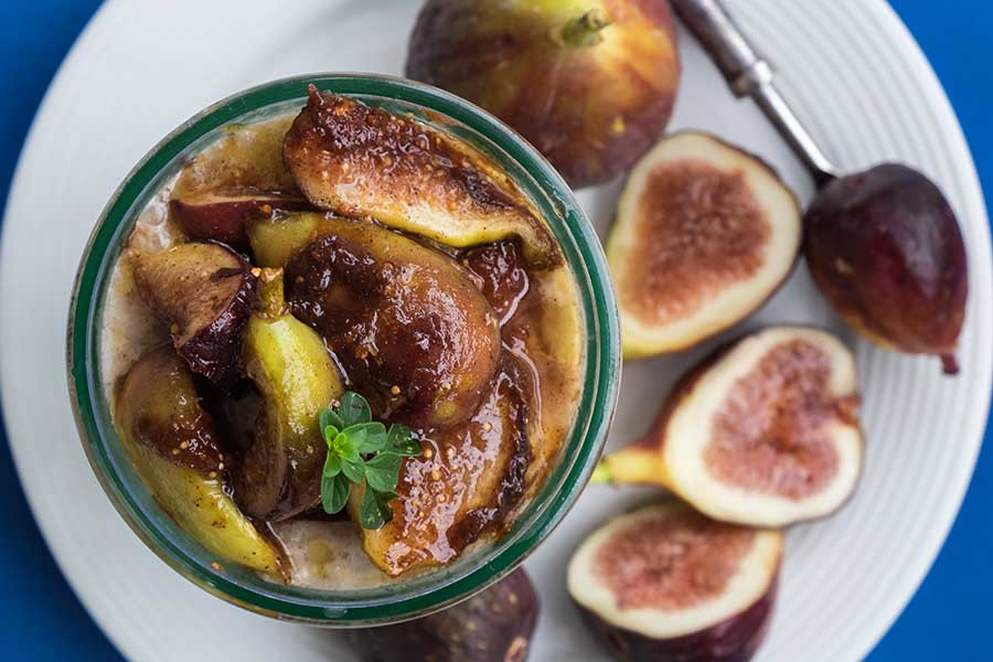 Overnight Oats with Caramelized Fresh Figs