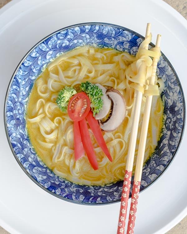 Easy Vegan Coconut Curry Ramen