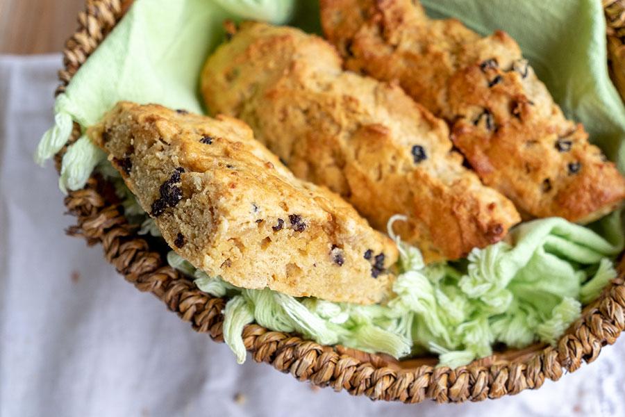 gluten free currant scone