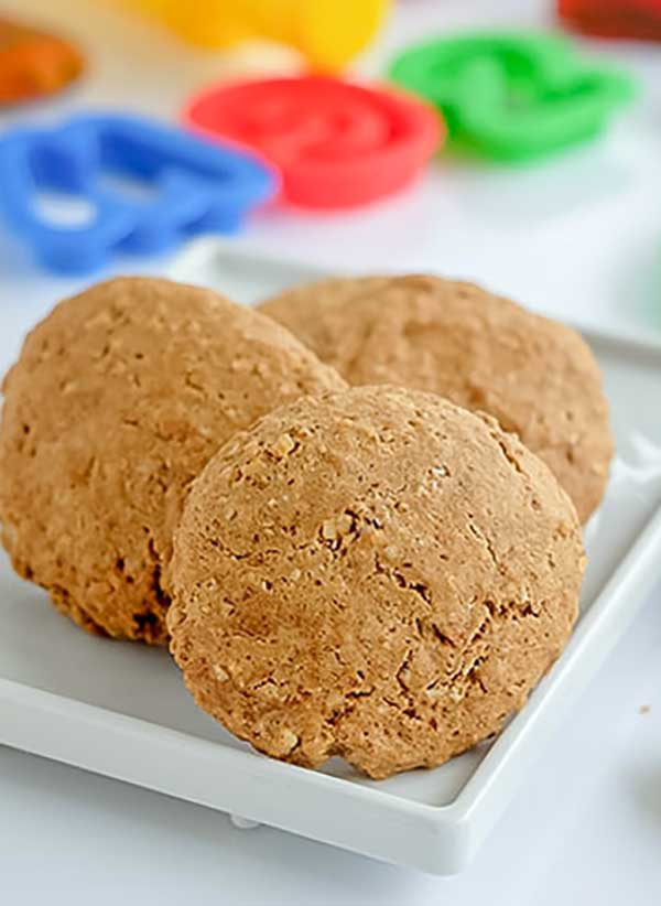 oatmeal and almond butter cookie, gluten-free