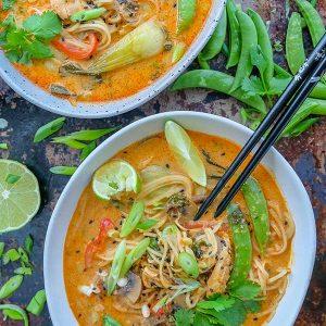 Easy Thai Cashew Chicken Ramen (Gluten-Free)