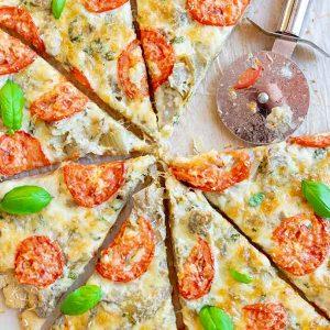 Gluten-Free Artichoke Dip Pizza {Vegetarian}