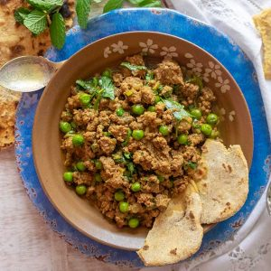 Lamb Keema Curry With Gluten-Free Chapati {Low-Carb, Grain-Free}