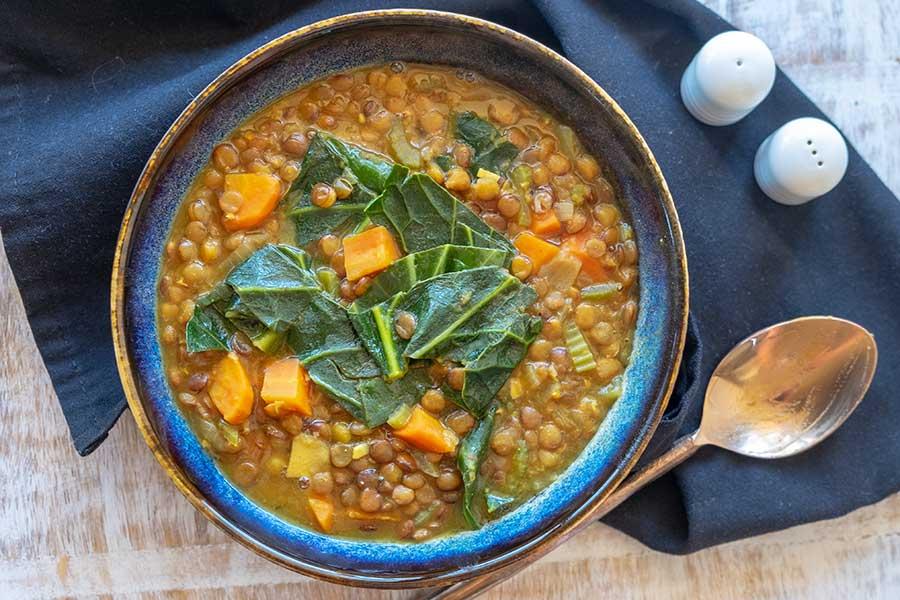 instant pot lentil collards soup