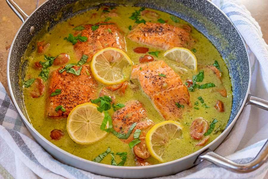 pesto salmon |onlyglutenfreerecipes
