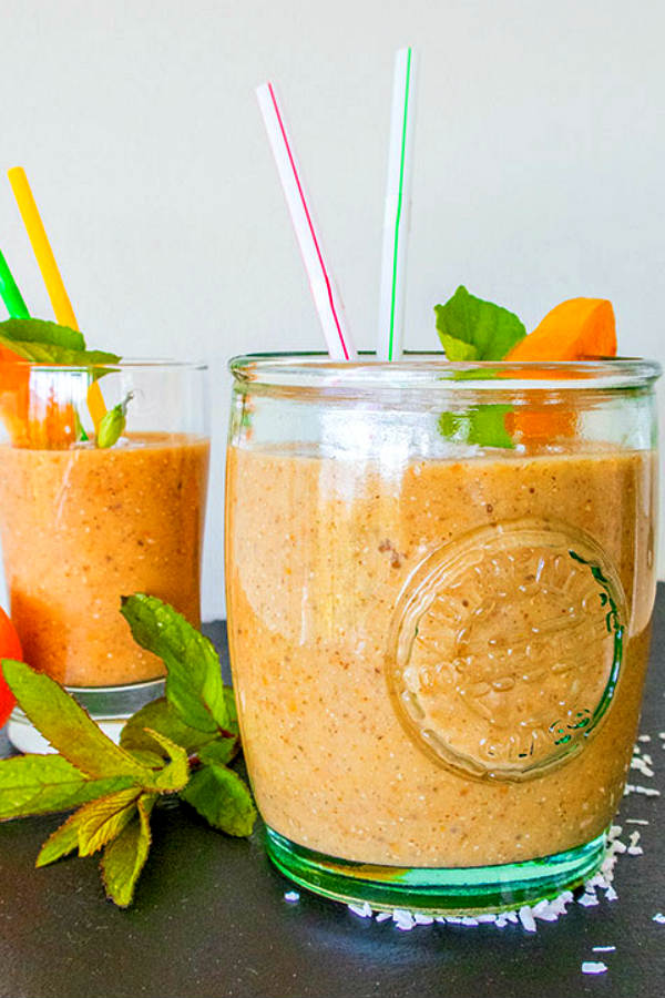 Peaches and Cream Chia Smoothie