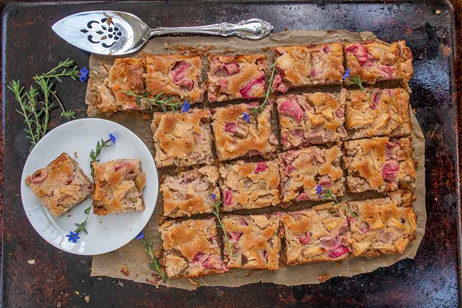 gluten free rhubarb apple coffee cake