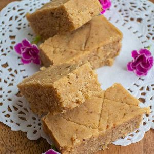 Healthy Gluten-Free No Bake Blondies