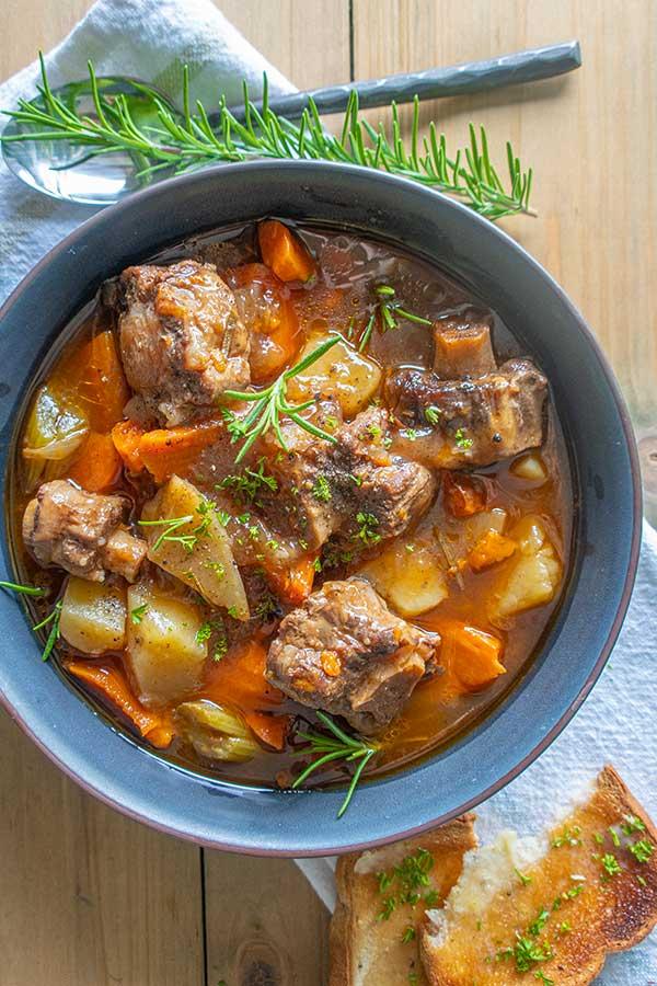 Instant Pot Oxtail Soup Recipe