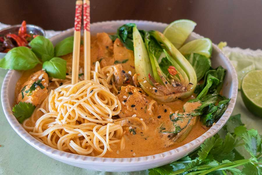 creamy thai chicken