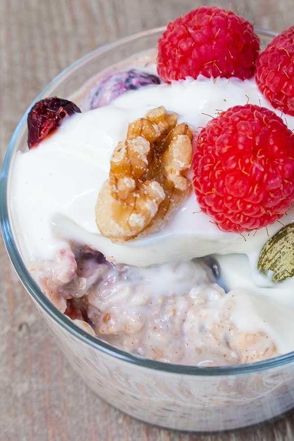 cranberry walnut overnight oats