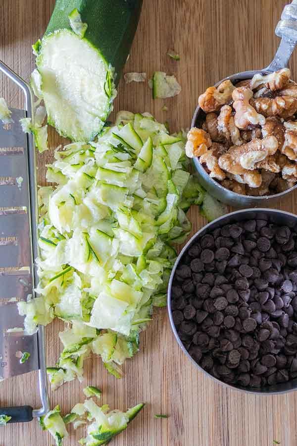 zucchini walnuts chocolate chips
