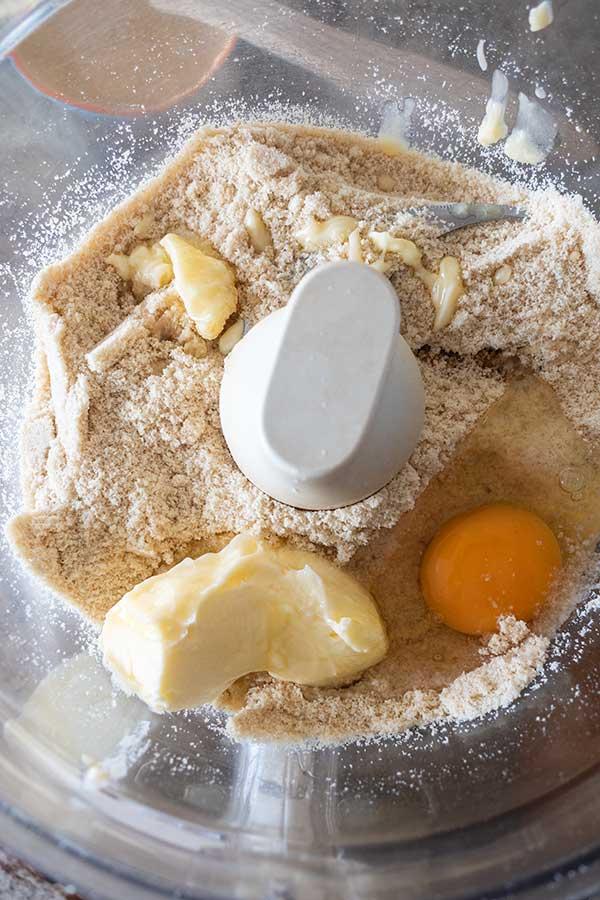 flour, butter, egg, pumpkin spices